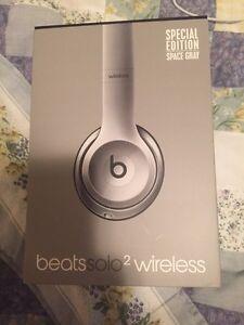 Beats By Dr Dre beats solo 2 wireless
