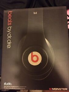 Beats by dr Dre studio wired