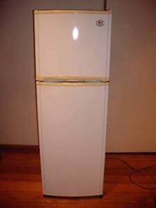 LG 215L Fridge Freeze Frost free CAN DELIVERY Doncaster Manningham Area Preview