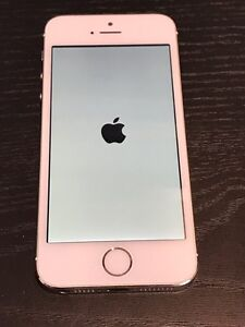 iPhone 5s. 32 GB Gold   West Island Greater Montréal image 1