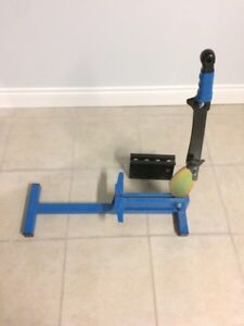 LIKE NEW LAMINATE FLOOR CUTTER FOR SALE