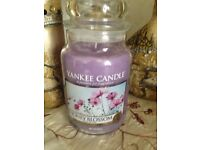Large jar Yankee candles