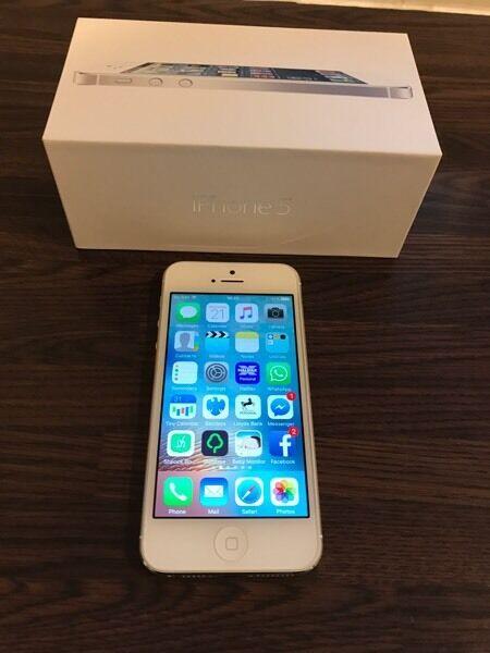 Apple Iphone 16gb unlocked white