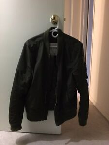 Abercrombie Fitch Oliver green MA1 jacket for sale London Ontario image 1