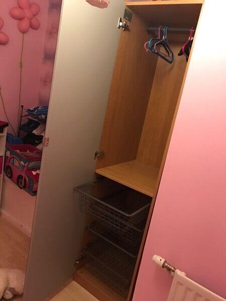 LARGE single mirrored wardrobe