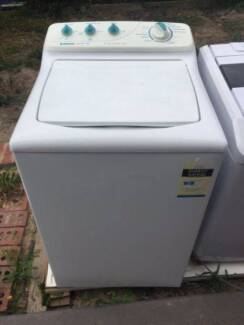 nice great working 5.5kg simpson heavy duty top washing machine ,