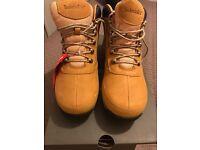 Men's timberland hiker boots size 7
