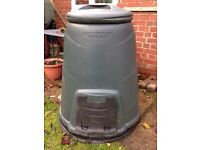 Blackwall 330litre compost bin