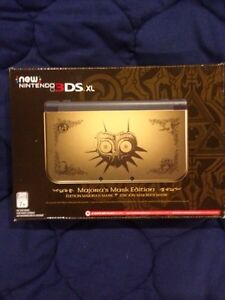 "Brand new never used ""NEW"" 3ds Zelda MM limited edition"