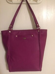 Thirty-One gifts daring abbey tote!
