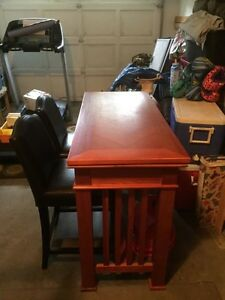 Excellent condition Game Table