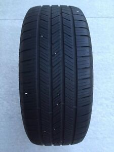 One 245/45/R19 Goodyear Eagle LS2 star  -lotsoftread Left