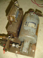 SMALL MOTOR,GEARBOX,OIL PUMP AND RESERVIOR ASSEMBLY