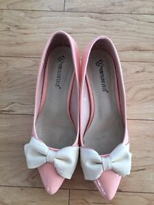 Pink Shoes with Bows 1 inch heel Sarnia Sarnia Area image 2