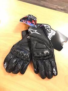 BNWT - Women's Alpine Stars motorcycle gloves. Size XL