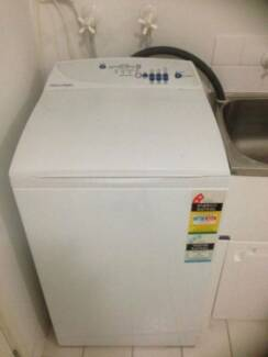 Fisher Paykel 5.5kg Washing Machine DELIVERY