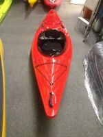 RIOT INTRIGUE KAYAK WITH BOTTOM WINDOW!!