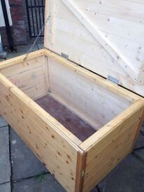 Storage Trunk / Box - Can Deliver