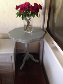 Occasional Table Painted in Annie Sloane French Linen shabby chic French look