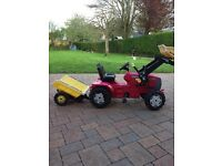Kids pedal tractor , front loader and trailer good condition