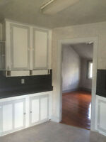 Large 2 Bedroom apt available July 1st - 675 + hydro