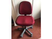 Red Computer Chair - Immaculate Condition