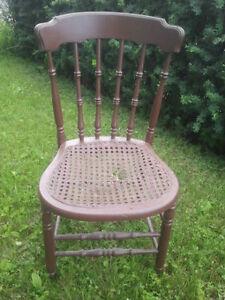 Vintage Chair Gatineau Ottawa / Gatineau Area image 1