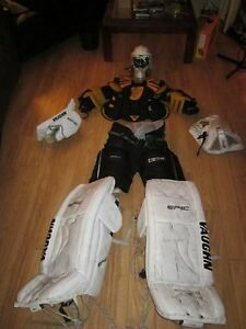 Équipement de gardien de but / full Vaughn Epic Goalie Set