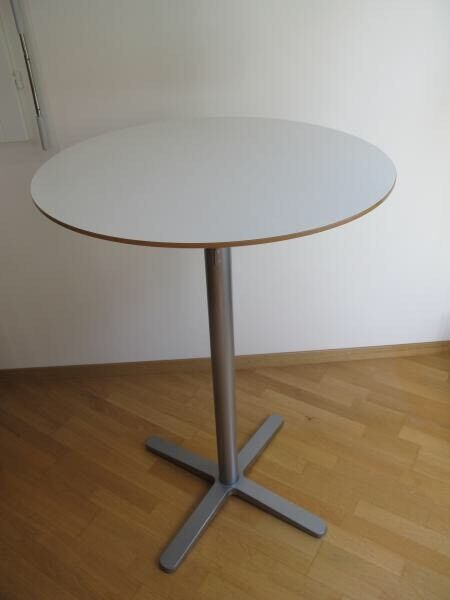 IKEA Billsta Table In White in Peacehaven East Sussex  : 86 from www.gumtree.com size 450 x 600 jpeg 16kB