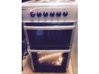 £80 BEKO 12 MONTHS OLD ELECTRIC COOKER