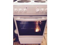 £75 AMICA ELECTRIC COOKER WITHH CABLE