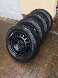 4 x winter tyres on steel rims size 205 55/R16