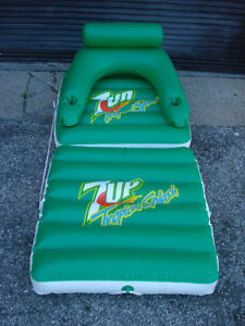 RARE COLLECTIBLE 7UP TROPICAL SPLASH INFLATABLE LOUNGER $65