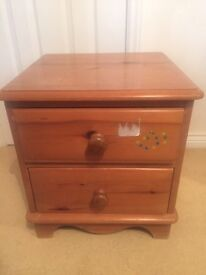 Quality Lovelace Pine Bedside Table