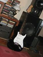 Guitare electrique****Fender Squier Stratocaster***