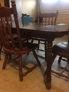 Cherry Oak - dinning room table Kitchener / Waterloo Kitchener Area image 4