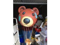 Teddy mountain shop display hot air ballon