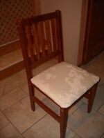 ANTIQUE SEAT/CHAIR
