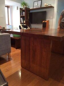 Table en bois massif (merisier) et 6 chaises West Island Greater Montréal image 5