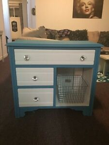 Cute chalk painted cupboard w drawers