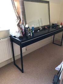 Gloss dressing table - sideboard