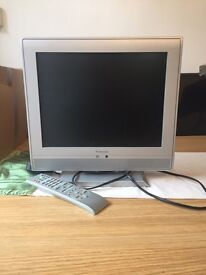 "15"" flat screen tv with freeview"