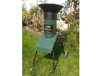 Black & Decker GA1500E. Garden Shredder. 1500 Watts.