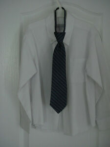 Boys Suit with Shirt and Tie - Only Worn Once!! Windsor Region Ontario image 3