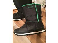 Camprio snow boots size 5