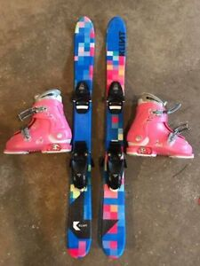Girls adjustable boots and skis