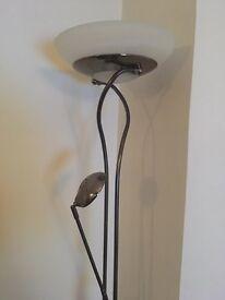 Father and child uplighter floor lamp