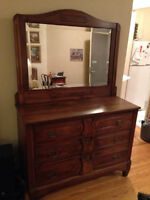COMMODE ANTIQUE DRESSER 1870