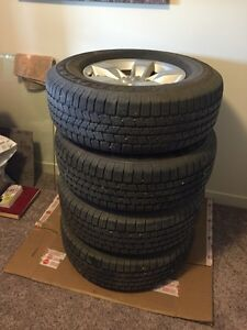 P265/70R17's only 10,000 km on them!