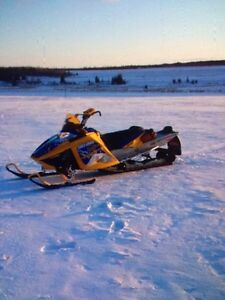 Skidoo summit XRS low miles
